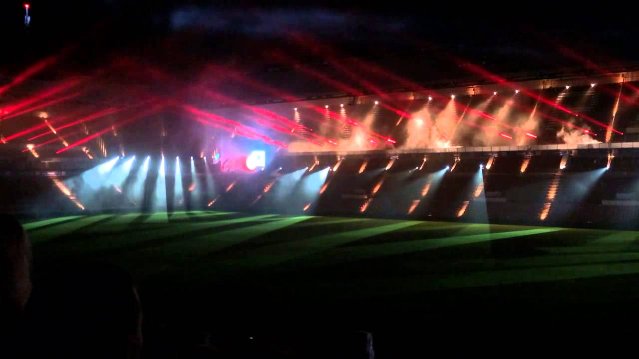 3d Max Wallpaper Glow Psv Stadion Lichtshow Youtube