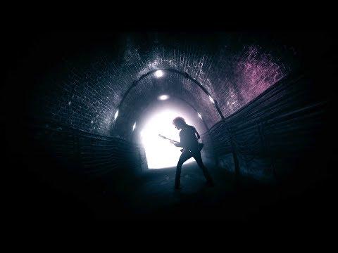 Enrique Bunbury – Cuna de Caín (Videoclip Oficial)