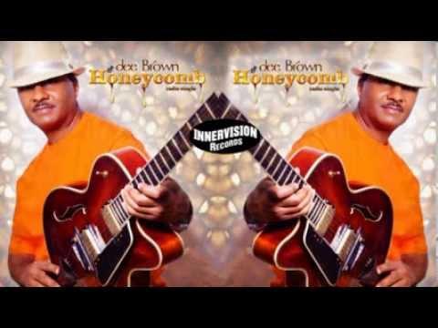 dee Brown,