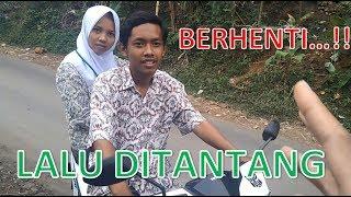 Download Video Dua Pelajar Di-STOP Saat Naik Motor, lalu Ditantang .... (Anak Sinden) MP3 3GP MP4