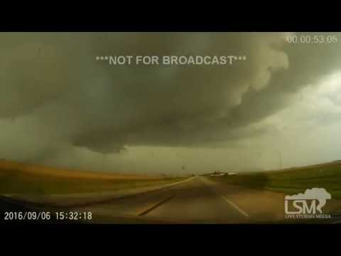 Cresco, IA Brief Tornadoes, Structure 9-6-16