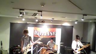 島村楽器名古屋パルコ店で8月10日に開催された、HOTLINE2014 店予選のレ...