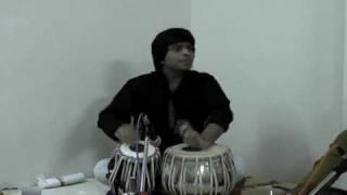 delhi-gharana-compositions-rushi-vakil-tabla-solo-kaydas-live-at-rhythm-riders