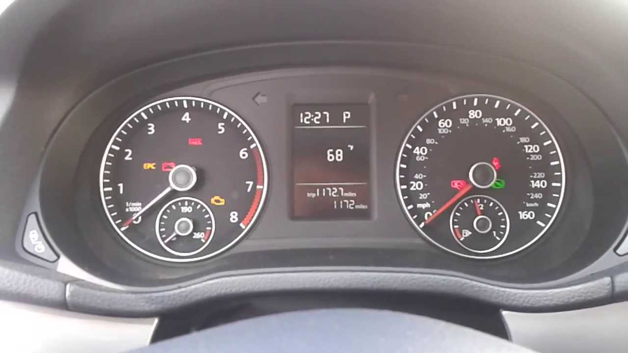 2017 Volkswagen Pat 2 5l 5 Cylinder S With Earance Startup And Engine View At Idle