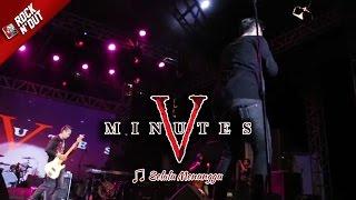 Download lagu SELALU MENUNGGUMU | Geboy! Richie Goyang Dangdut Pas Five Minutes Bawain Lagu ini [Live Bulukumba]
