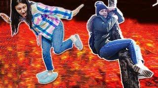 Челлендж ПОЛ ЭТО ЛАВА Floor is lava Chellenge Яна и Мама хотят Спастись
