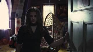 Dark Shadows Official Trailer (2012) - Starring Johnny Depp, Michelle Pfeiffer & Eva Green Thumbnail