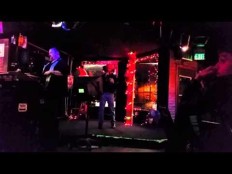 Karaoke Newt