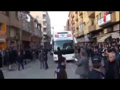 HDP'li Tuncel'in otobüsüne saldırı-Keşan Güncel Haber