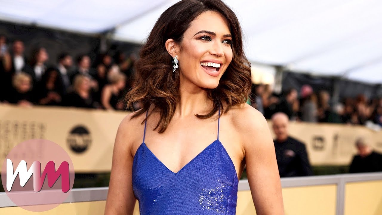 Top 10 Gorgeous Mandy Moore Looks