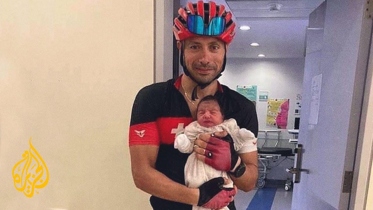 بسبب انقطاع البنزين.. طبيب لبناني يذهب للمستشفى على متن دراجة لإتمام عملية ولادة  - نشر قبل 4 ساعة