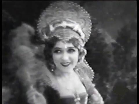 """Dorothy Vernon Of Haddon Hall"" (1924) starring Mary Pickford"