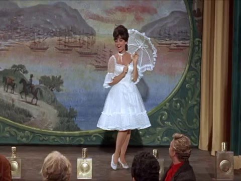 Suzanne Pleshette sings a working girl's  in under a minute