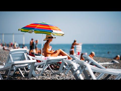 Сочи открывает пляжи для туристов