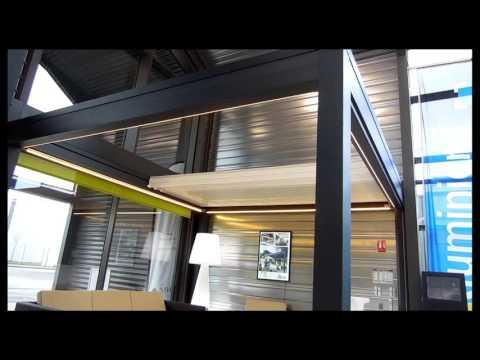 Pergola bioclimatique lames r tractable et orientable youtube - Pergola bio climatique ...