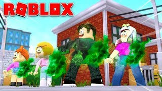 Zombie Roblox Family Play Fart Attack Game!