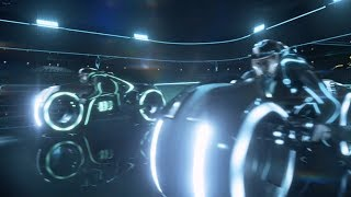 Трон: наследие (Tron: legacy) 2010 - Бой на светоциклах