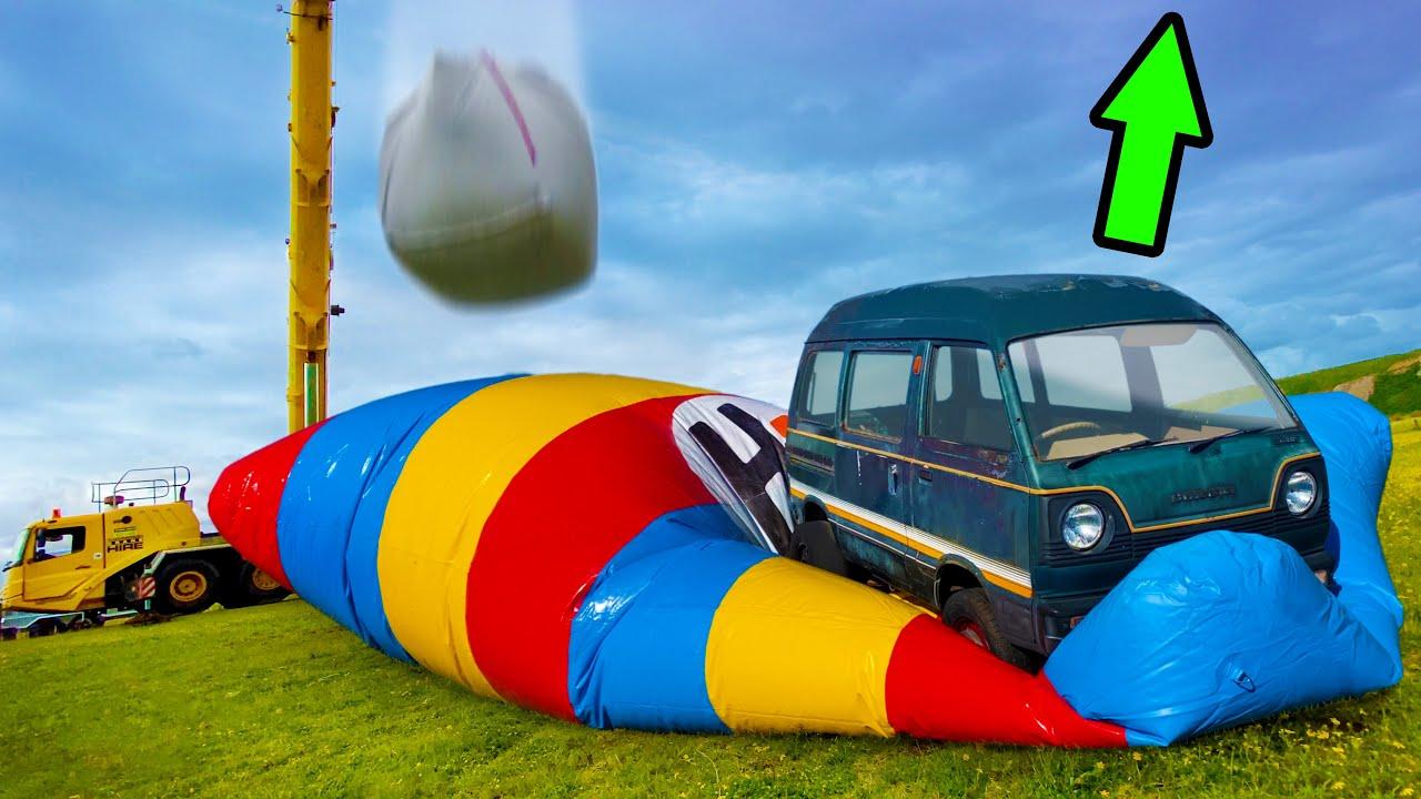 How High Can This Minivan Fly? 1000kg Vs. Blob