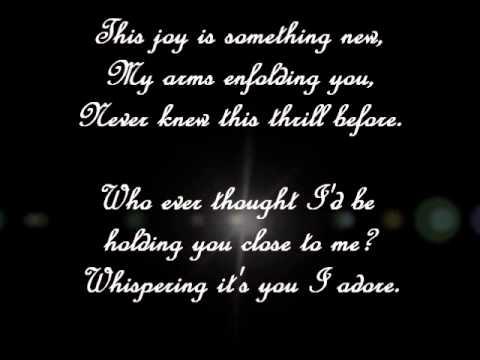 Julie London~Besame Mucho lyrics