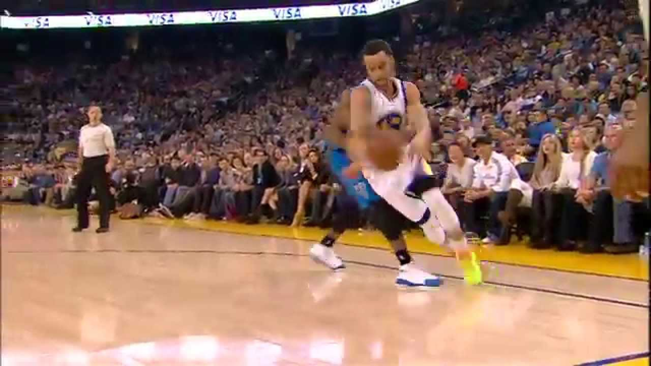 3935356ebb4 Steph Curry Fakes Behind the Back and Delivers the Dime - YouTube