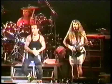 Kansas - Live - Carry On Wayward Son (Rosemont,Illinois)1996