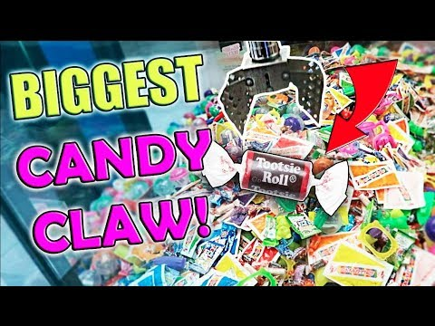 BIGGEST CANDY CLAW EVER!!