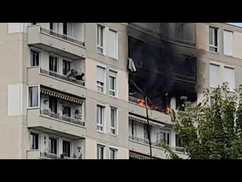 Incendie immeuble boulevard jb clément roanne