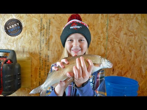 Ice Whitefish Action in Sturgeon Bay - Larry Smith Outdoors TV