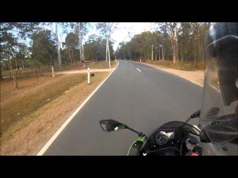 How to emergency brake on a motorcycle