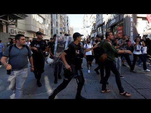 Taksim Onur Yürüyüşü'ne polis müdahalesi