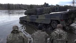 Dyk med kampvogn
