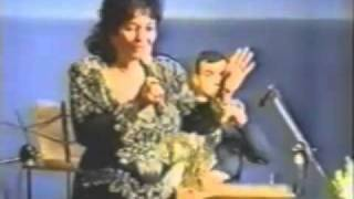 Armenian Song  Shoghum Yes (Ofelia Hampardzumian).mp4