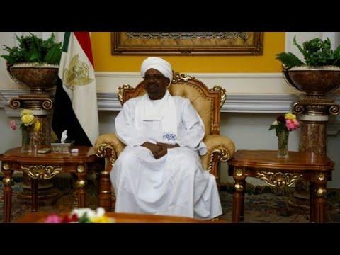 الرئيس السوداني يلتقي نظيره المصري في القاهرة  - نشر قبل 10 دقيقة
