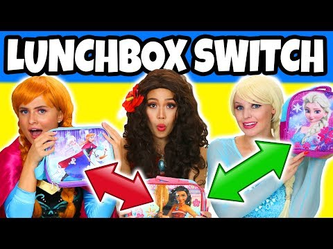 LUNCHBOX SWITCH UP CHALLENGE ANNA VS ELSA VS MOANA. (Totally TV Dress Up)