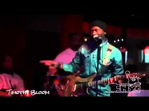 """Timothy Bloom performs """"My Diamond"""" live at Unplugged NYC"""