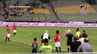الجماهير المصرية تزلزل مدرجات برج العرب لحظة نزول صلاح