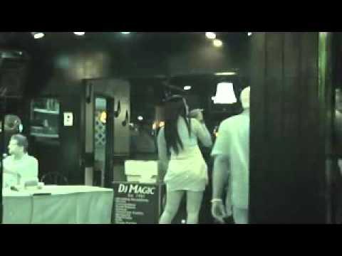 "Elaines Karaoke (Joanna ""Misty Blue"")"