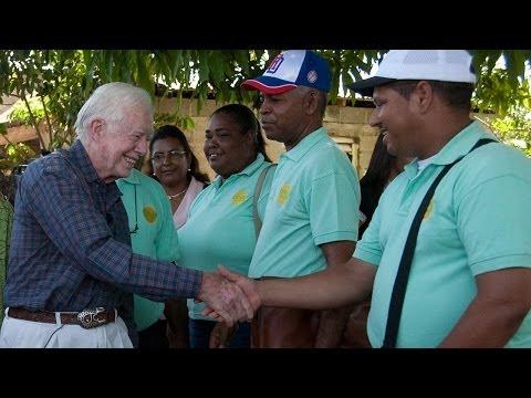Battling Mosquitoes and Malaria in  La Bomba, Dominican Republic (Carter Center)