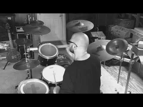 yungblud-&-halsey-ft.-travis-barker---11-minutes---drum-cover