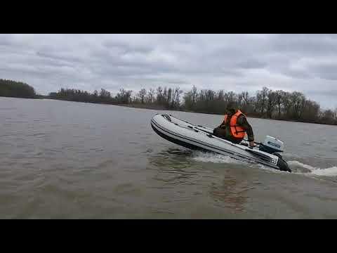 .Ветерок 8м новый скоростной винт. Барнаул река Обь