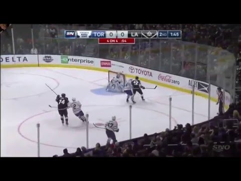 Doughty Goes Apeshit and Attacks Komarov - Leafs vs Kings 01/07/16 HD