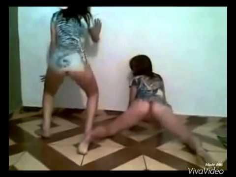 Novinhas Dançando funk Mostrando tudo