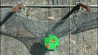Weltrekordversuch im Steinbruch: 25 Tonnen schwer, 100 km/h schnell