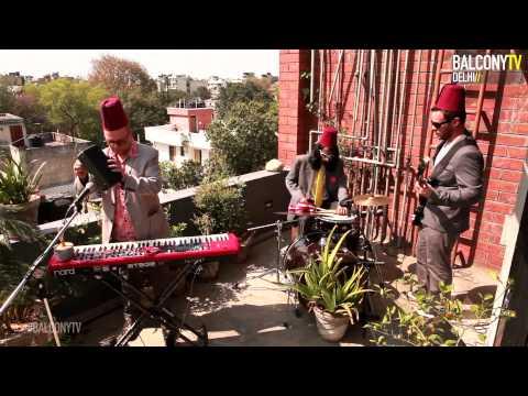 JASS B'STARDS - YELLOW ROSE OF KENTUCKY (BalconyTV)