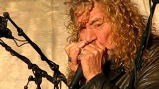 "Robert Plant and the Band of Joy playing ""Somewhere Trouble Don"