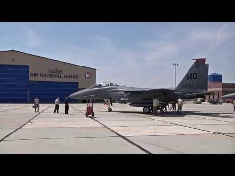 F15Es arrive at Gowen Field