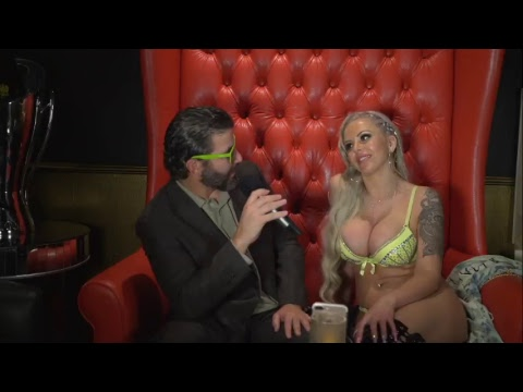 Interviewing Adult Star Nina Elle LIVE on The Hot Seat! Sapphire Las Vegas