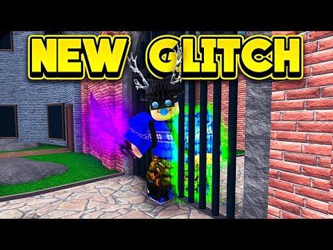 THE CRAZIEST NEW GLITCH IN MURDER MYSTERY 2! (ROBLOX Murder Mystery 2)