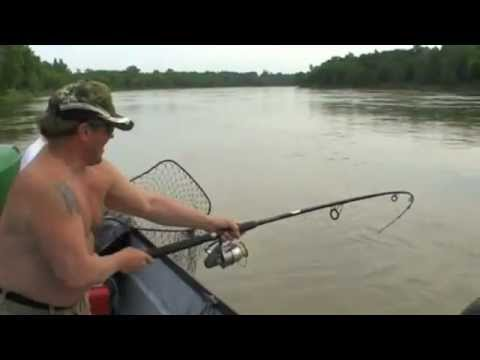Catfish Fishing on the Red River 6/11