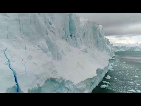 מדף קרח נשבר באנטרקטיקה
